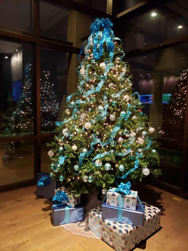 Holiday Decorating 20016