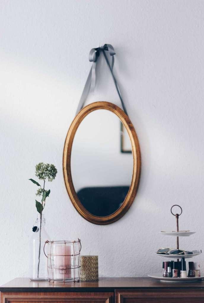 trendy mirror